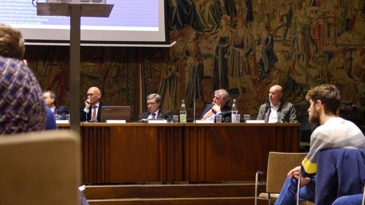 A destra, fra i relatori, il Dott. Giuseppe Bardelli coordinatore dei corsi ITS